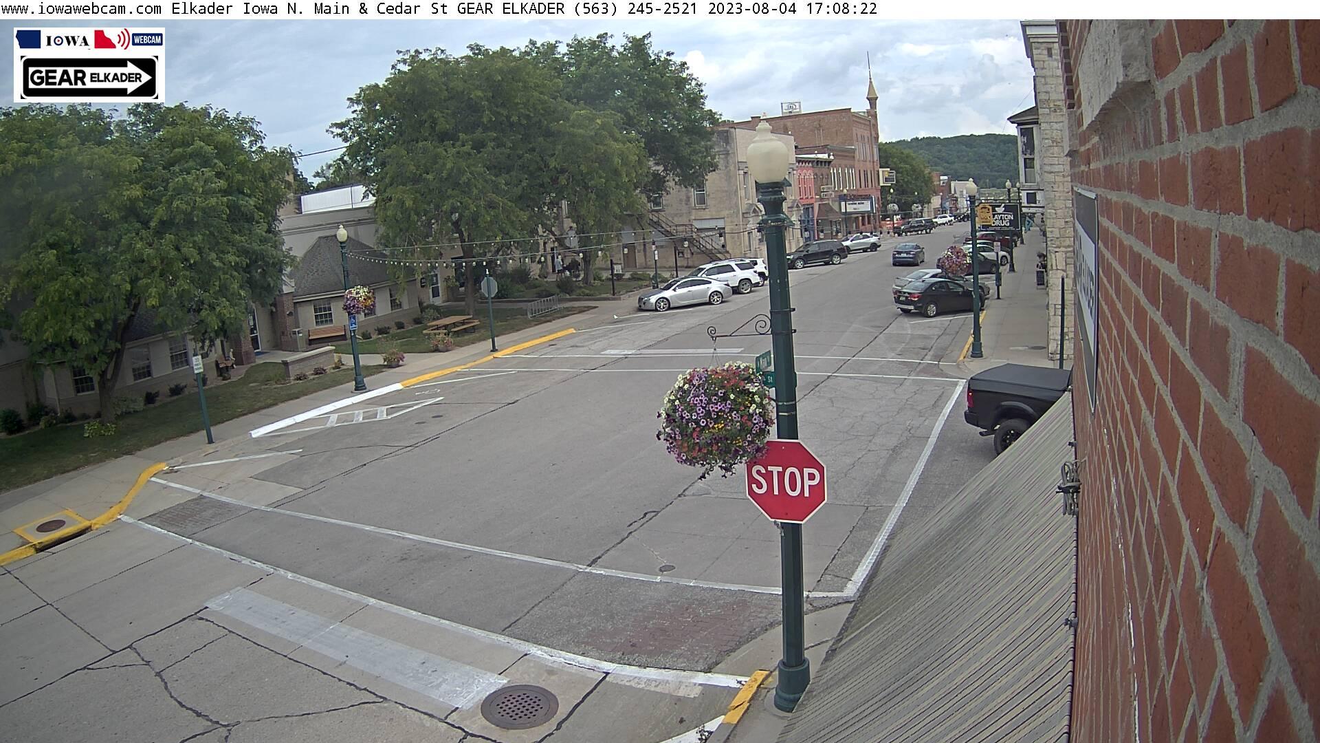 Elkader Main St. Webcam