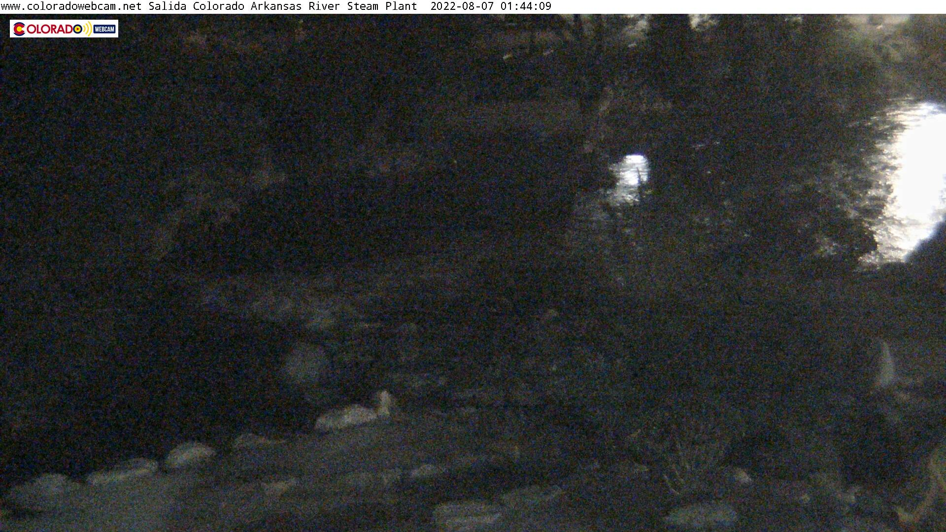 Go LIVE: Colorado Web Cam  Whitewater Park Arkansas River Salida, Colorado